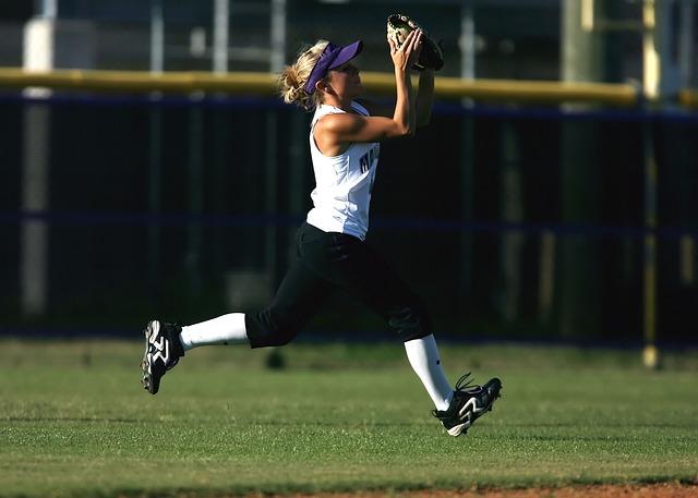 Softball, Girls Softball, Outfielder, Sports, Catch