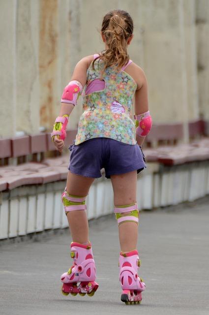 Child, Girl, Roller Skate, People, Sports