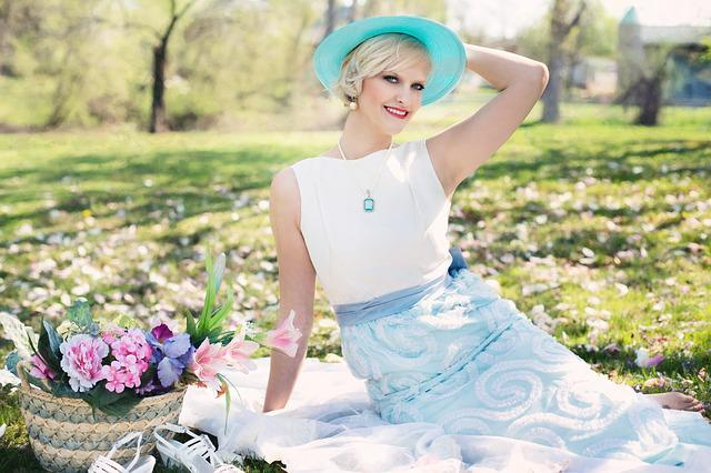 Beautiful Woman, Picnic, Spring, Vintage Val, Flowers