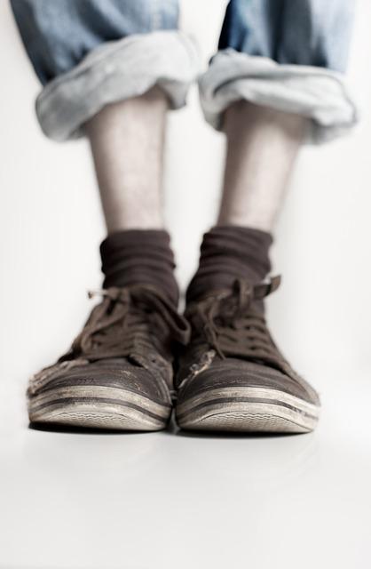 Shoes, Legs, Feet, Jeans, Stand, Wear, Pants, Sneaker