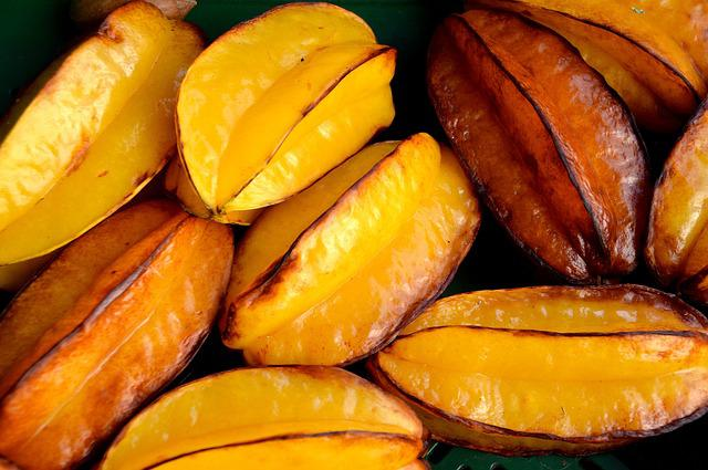 Fruit, Starfruit, Star Fruit, Ripe, Left Untreated