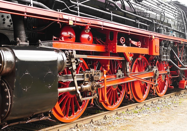Steam Locomotive, Engine On The Left, Drive System
