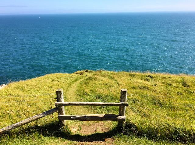 Cliff, Dorset, Stile