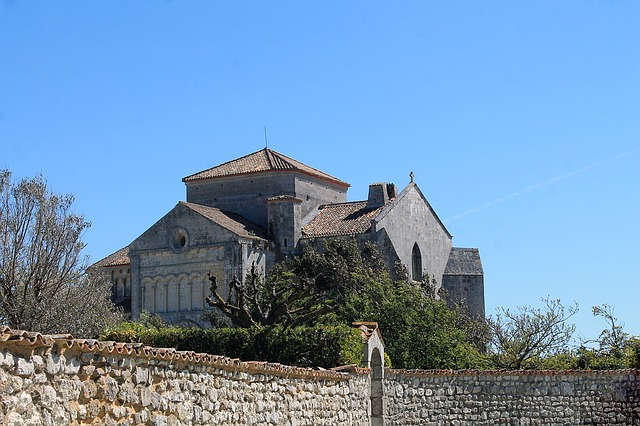 Talmont On Gironde, Church, France, Stone Church