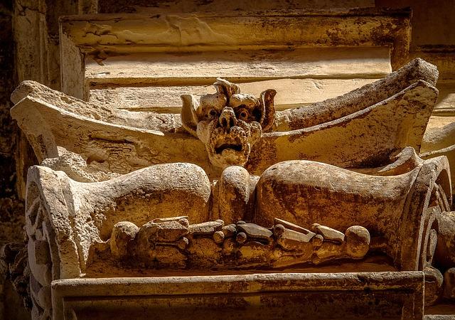 Columns, Italy, Stone, Vampire