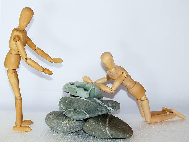 Wooden Figures, Stones, Plunge, Fall, Fell Down
