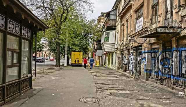 Odessa, Street, Old, House, Stop, People