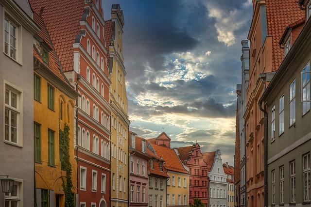 Houses, Facade, Stralsund, Germany, Sunbeam, Dramatic