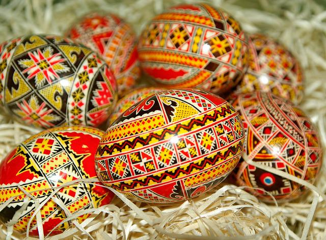 Romania, Easter Eggs, Painted Eggs, Straw