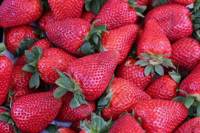 Strawberries, Fruit, Fruits, Food, Close, Vitamins