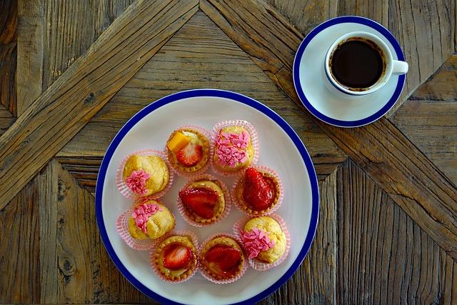 Strawberry Shortcake, Strawberry Cake, Small Cakes