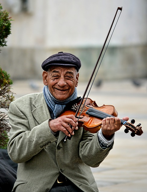 Street, Musician, Violinist, Violin, Smile