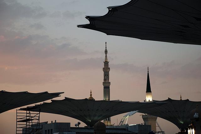 Mecca, Statue, Buildings, Bronze, Street Statue