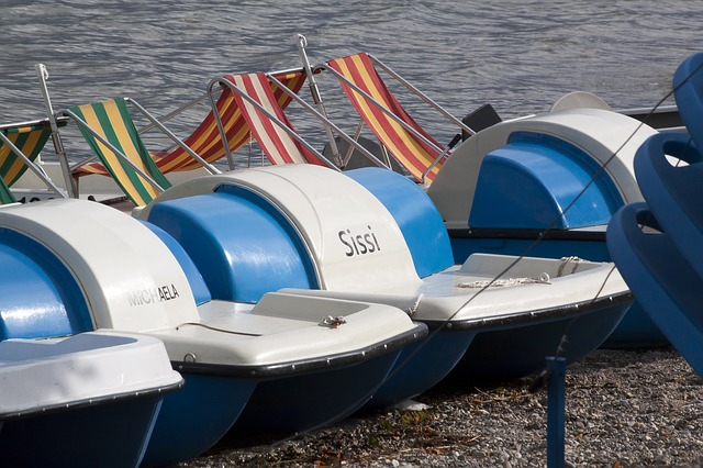 Pedal Boats, Ranking, Lake, Water, Deck Chair, Striped
