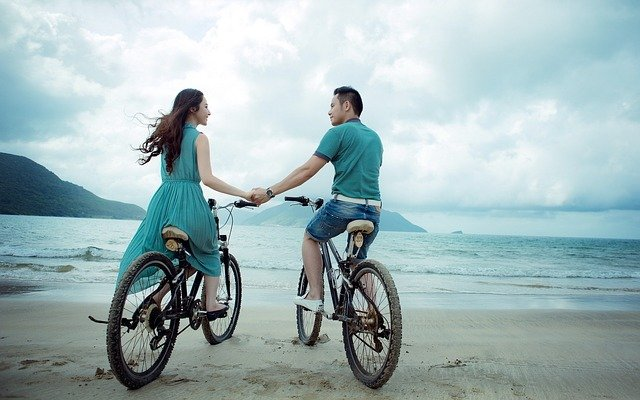 Couple, Beach, Love, Holiday, Summer, Bicycles, Sea