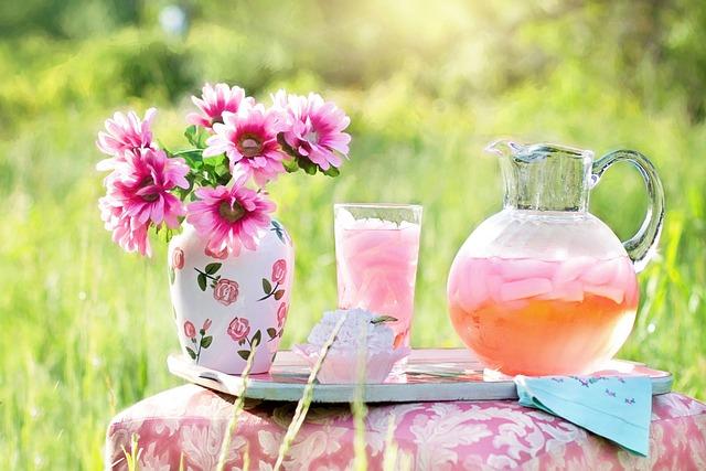 Pink Lemonade, Summer, Outdoors, Beverage, Refreshment