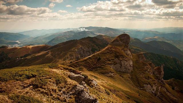 Mountain Ranges, Clouds, Horizon, Sky, Sunbeams