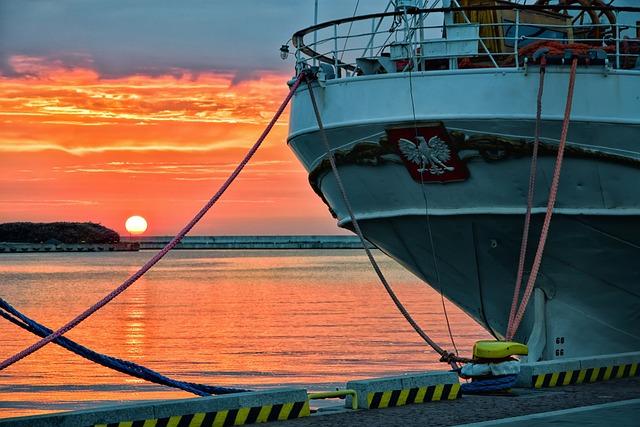 Ship, Sea, Sunrise, Gdansk