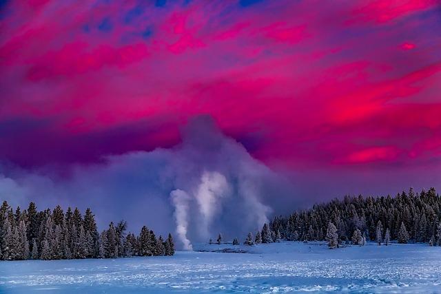 Yellowstone, Geyser, National Park, Sunrise, Dawn