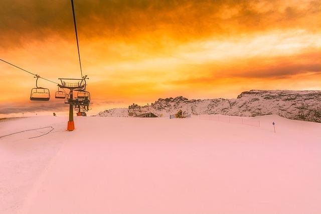 Italy, Ski Lift, Skiing, Leisure, Recreation, Sunrise