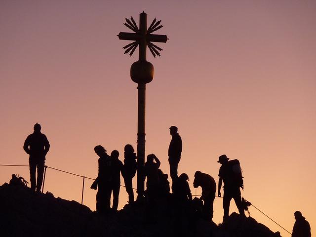 Mountaineer, Train Syringe, Dawn, Sunrise, Mountain