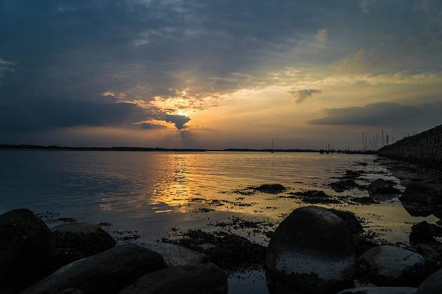 Approximately, Sunset, Schlei, Mole