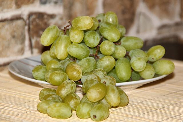 Grapes, Fruit, Green Grapes, Eat, Sweet, Delicious