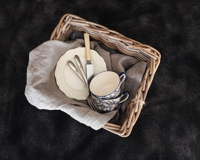 Basket, Desktop, Still Life, Wicker, Weaving, Table