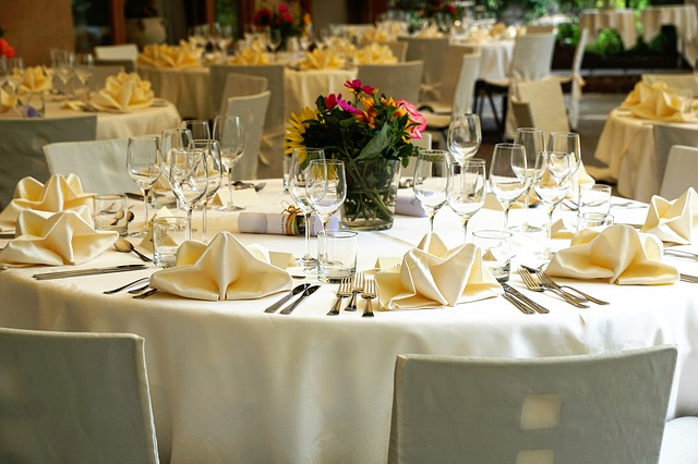 Tablecloth, Silver Cutlery, Table, Food, Reception