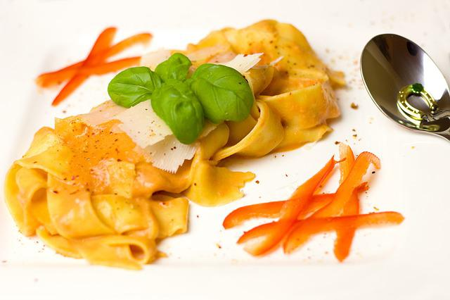 Noodles, Tagliatelle, Cream, Tomatoes, Sauce, Basil