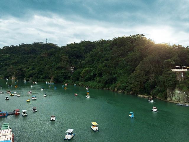 Small Bitan, Wikiproject Taiwan, Taipei, Mountain, Boat
