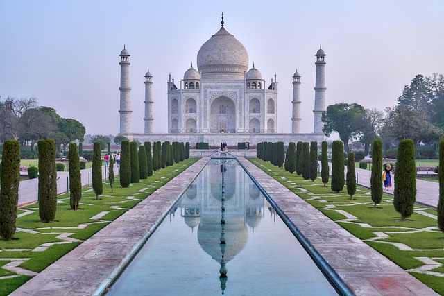 Cultural Tourism, Taj Mahal, Garden, Very Beautiful