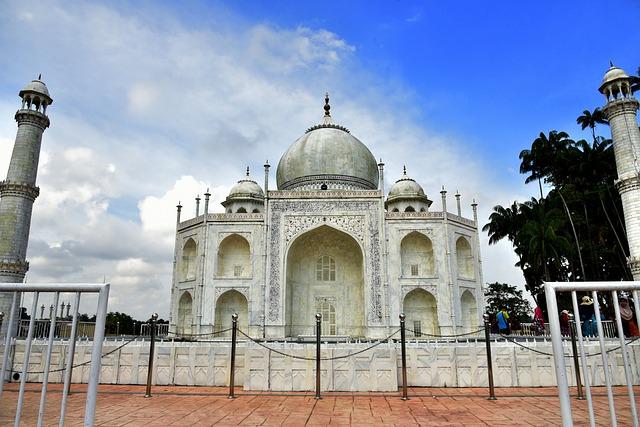 Monument, Taman Tamadun Islam, Mosque