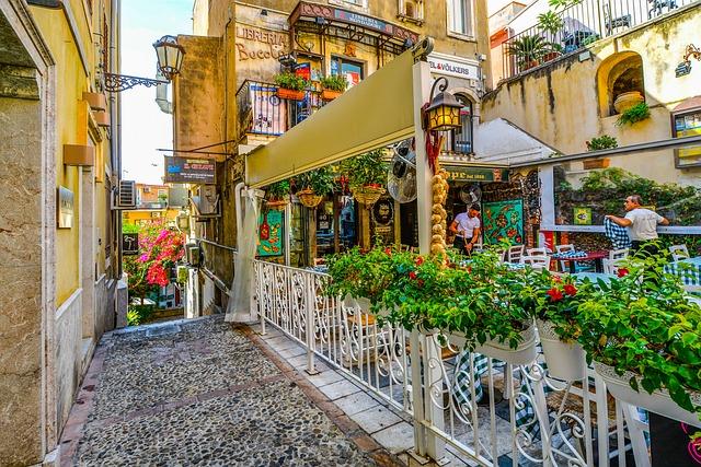 Taormina, Sicily, Cafe, Restaurant, Alley, Sicilian