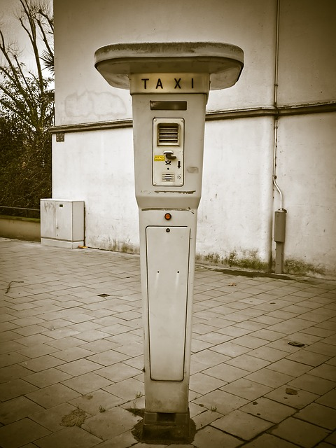 Taxi, Rufsaeule, Taxi Stand, Vintage, Old, Nostalgia