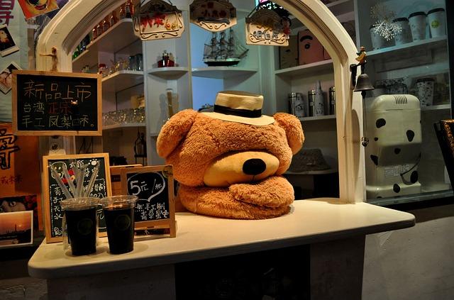 Gulangyu Island, The Bear, Tea Shop