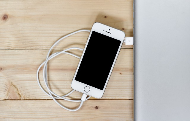 Phone, Smartphone, Iphone, Charging, Mobile, Technology
