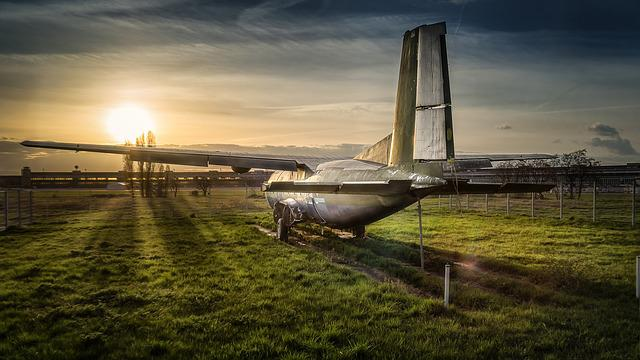 Stop, Aircraft, Tempelhof, Lost Plane, Sunset, Airport