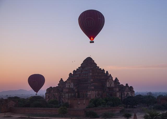 Burma, Bagan, Temple