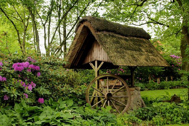 Fountain, Thatched Roof, Wagon Wheel, Spring