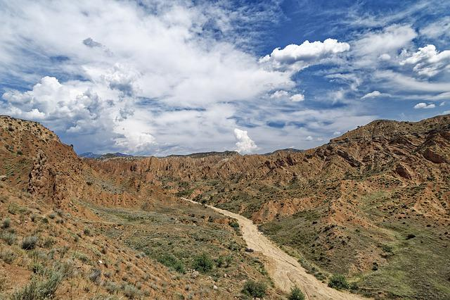 Kyrgyzstan, The Ferghana Mountains, The Ferghana Valley