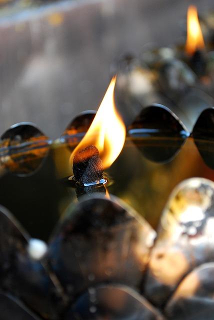 Oil Lamp, The Lamps, Incense Points, Merit, Measure