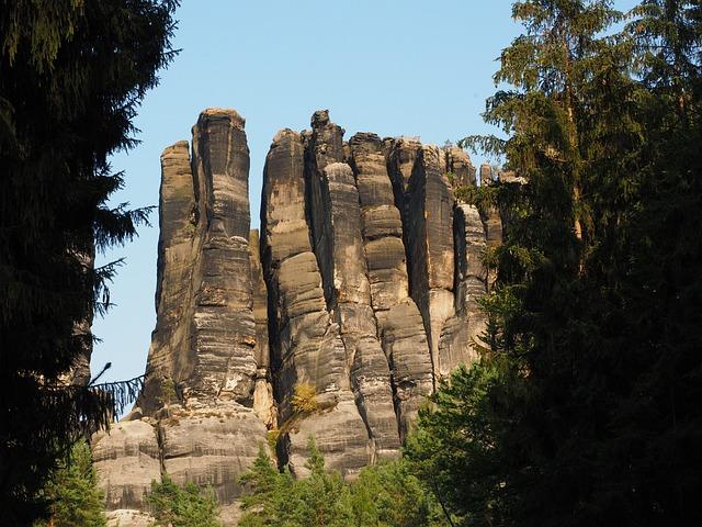 Monkey Stones, The Lower Monkeys Steinweg