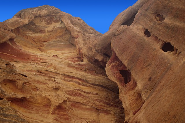 Petra, Rock Wall, Canyon, The Red, The Colorful, Siq