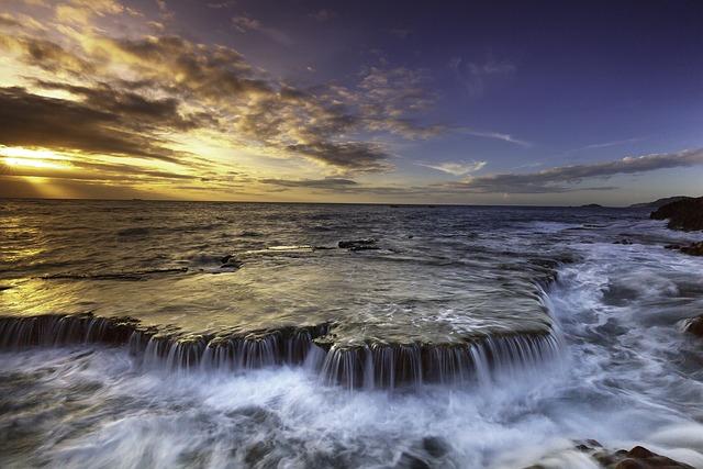 The Sea, The Waterfall, Ocean Waves, The Sun, Tiasáng