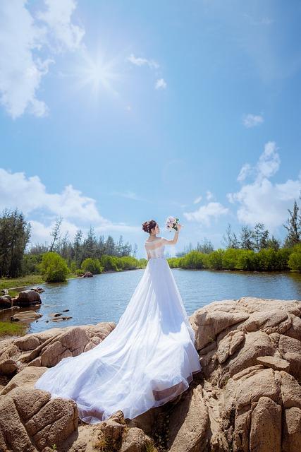 Bride, Single, Flower, The Sea, The Sun, Sunny