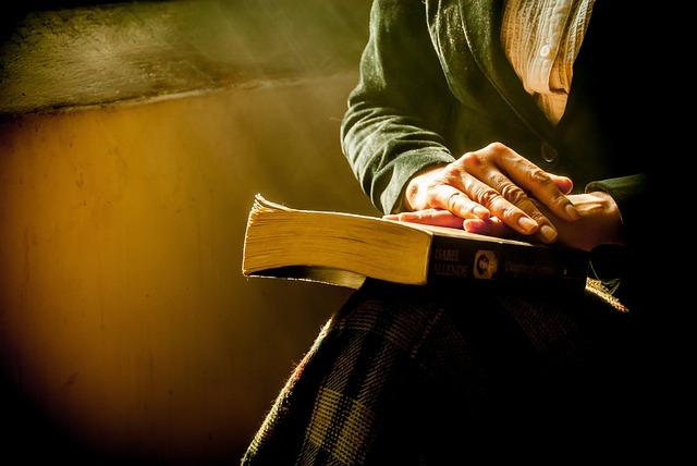 Book, Hands, Reflecting, Bella, Thinking, Women