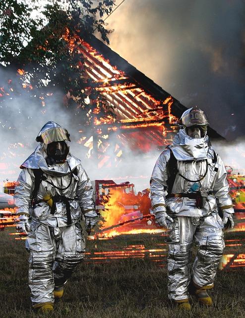 Fire, Toledo, Barn, Ohio, Smoke, Smoky, Rescue Vehicles