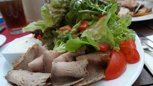 Salad, Leaf Lettuce, Tomato, Roast Beef, Meat, Healthy