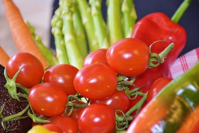 Tomatoes, Red, Vegetables, Asparagus, Leek, Lemon